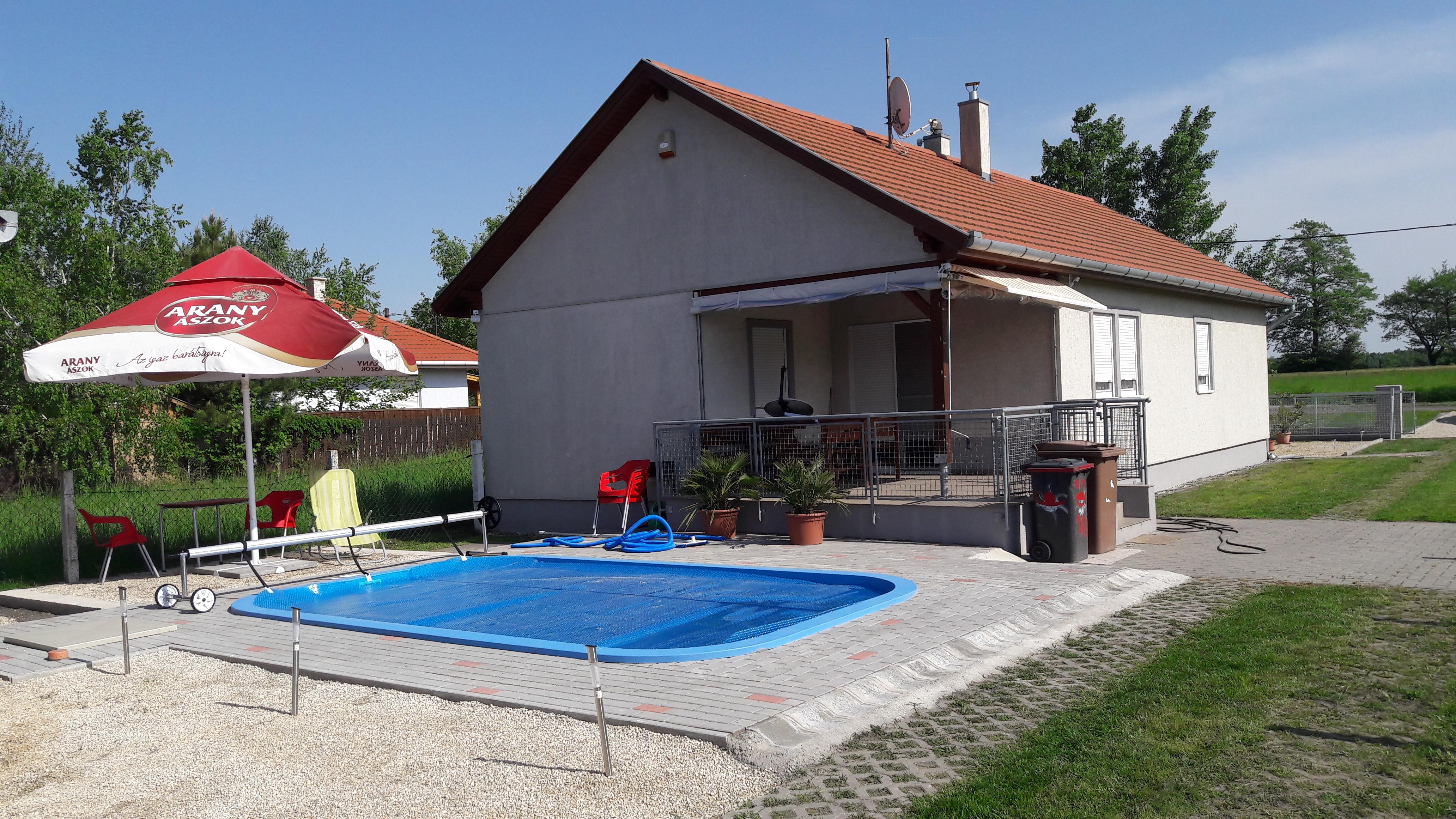 Objekt 155   Schönes Ferienhaus mit Pool,Wlan, Waschmaschine für 5 Personen