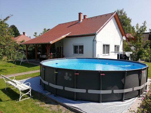 BF 152 Ferienhaus mit Pool nah am Strand für 7 Personen