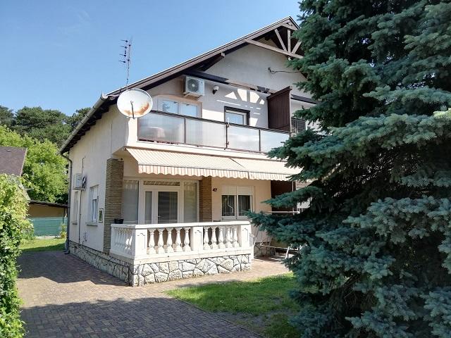 BF 151AB  Schönes Ferienhaus mit Wlan,Klima,Waschmaschine nah am Strand für 9 Personen