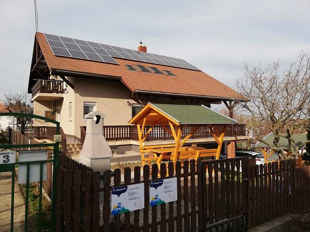 FO 117AB Neuzugang! Schönes Ferienhaus mit 2 Wohnungen Wlan,Klima für 15 Personen